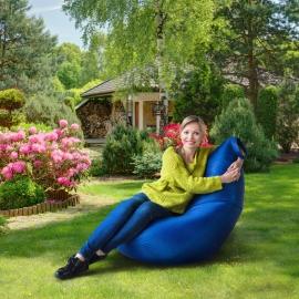 Отдых в тени летнего сада на кресле Груше