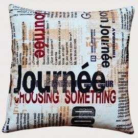 Декоративная подушка Газета, мебельный хлопок